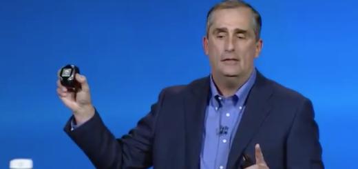 Inteli tegevjuht Brian Krzanich tutvustamas nutikella prototüüpi